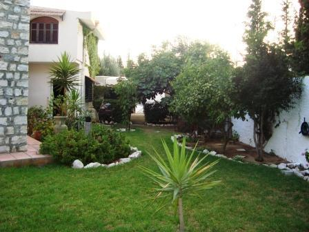 Ariana tunisie vente achat location appartement terrain for Jardin 2000 tunisie