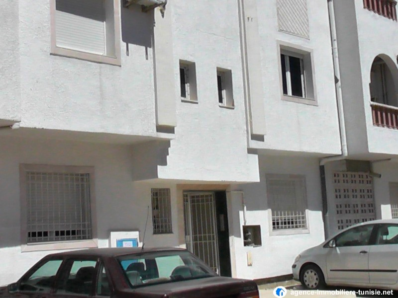Ariana tunisie vente achat location appartement terrain for Achat maison tunisie