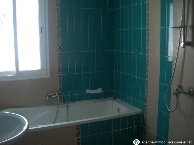 etage de villa s 3. Black Bedroom Furniture Sets. Home Design Ideas