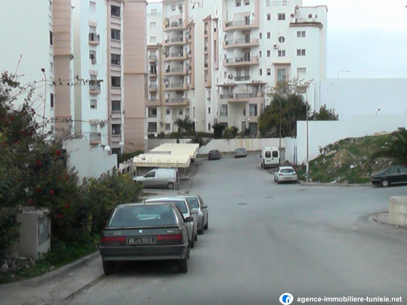 Tunis vente achat location appartement terrain maison for Achat maison appartement